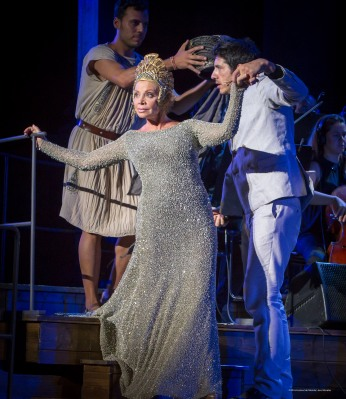 La décima musa con Paloma San Basilio, espectáculo inaugural de la 62 edición del Festival Internacional de Teatro Clásico de Mérida